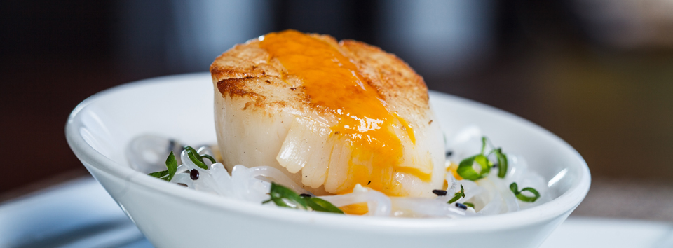 Scallop-with-Mango-and-Sesame-seed-oil